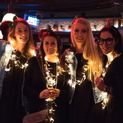 /media/5212/x-mas-party_werkstatt-12.jpg